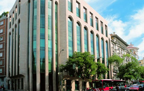 Adecuación integral de edificio de oficinas Paseo Castellana 43. Colonial.